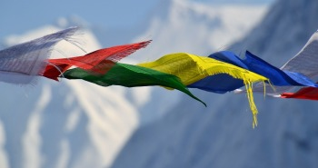 tibetan-prayer-flags-1384193_1280