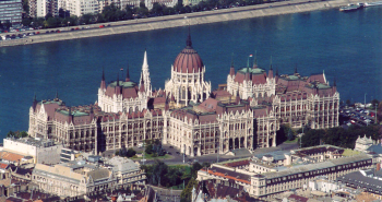 Hungarian_Parlament