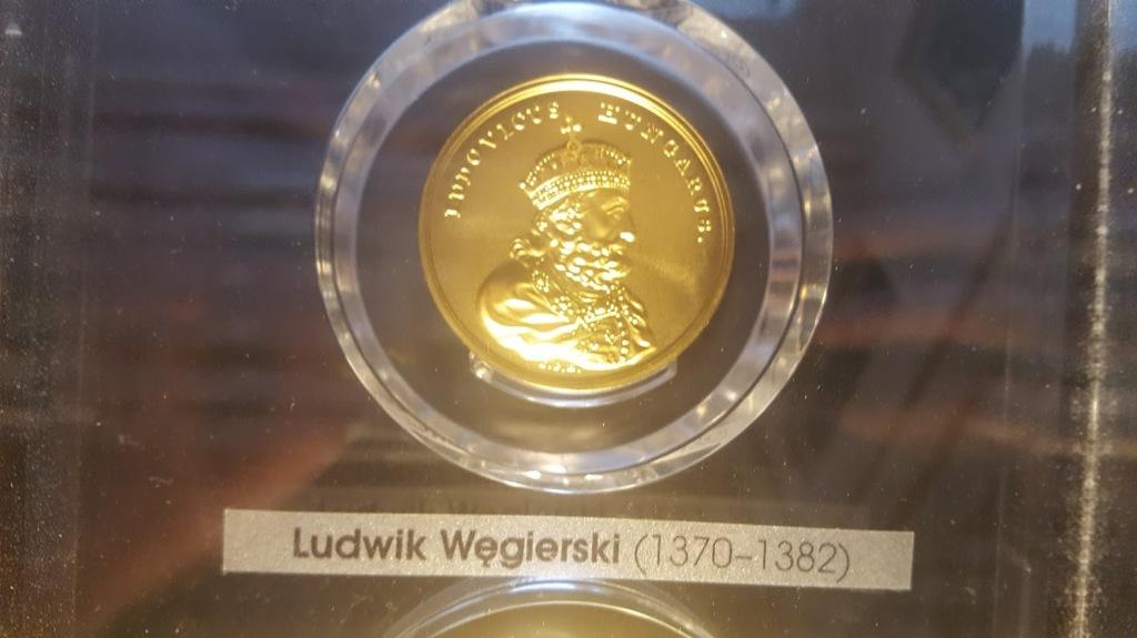 Nagy Lajos egy lengyel érmén (a szerző saját fényképe)